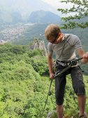 Jakob abseiling (Lago di Lecco) resize