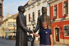 Cris shakes hands with the locals 2 (Gyor, Hungary) resize
