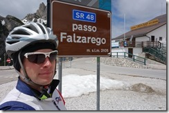Cris at passo Falzarego (Cycling Dolomites)
