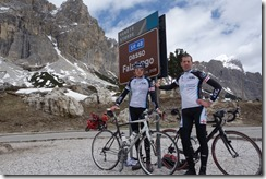 Marco and Thomas at passo Falzarego (Cycling Dolomites)