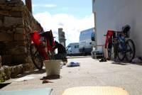 Cleaning bikes (Portugal ARWC 2009)