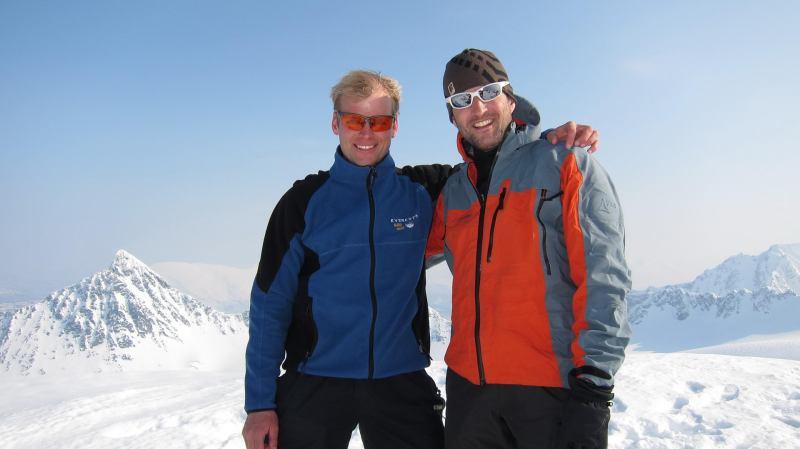 Cris and Martin on the summit (Storgalten, Norway)