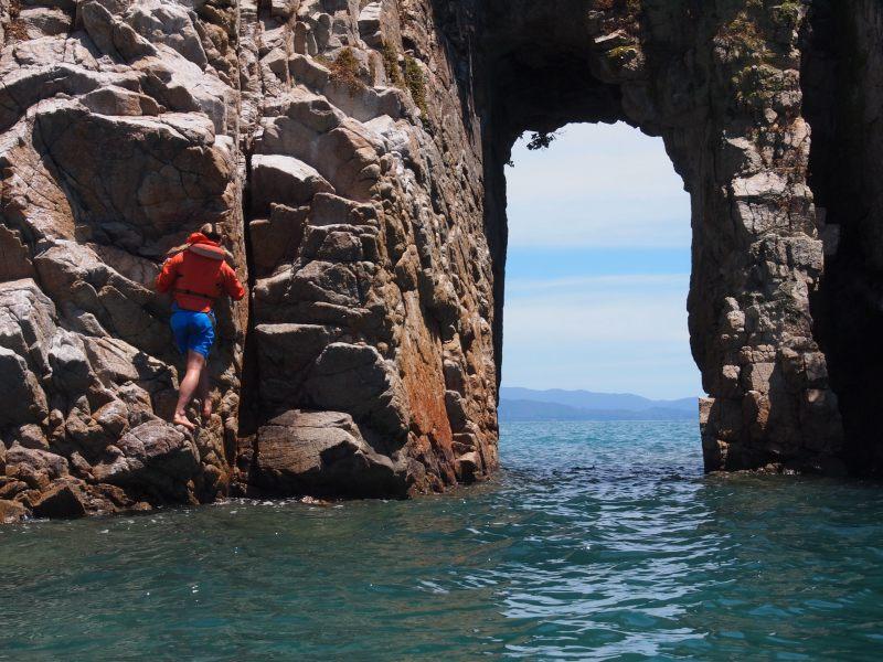 Deep water soloing (Takaka 2013)