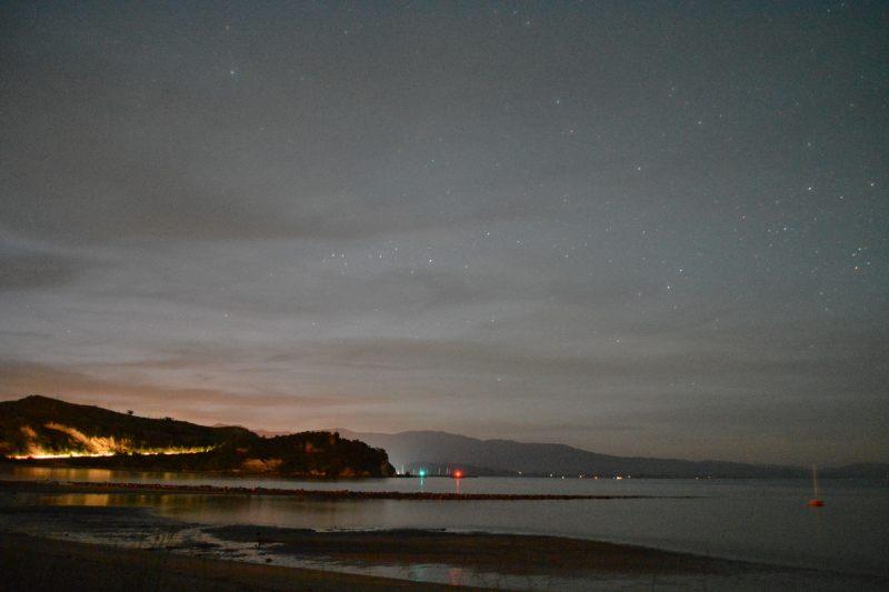 Ligar Bay by night (Takaka 2013)