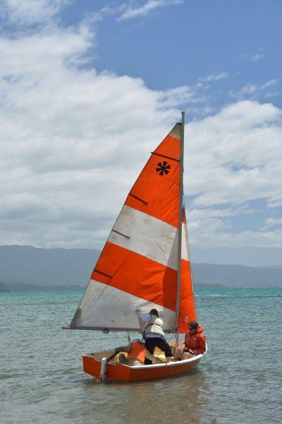 Setting sail (Takaka 2013)