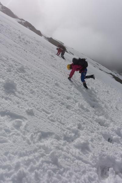 Chris and Em kicking steps (Hopkins Valley Tramp Jan 2015)