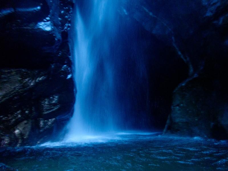 Dark waterfall (Canyoning Italy 2019)