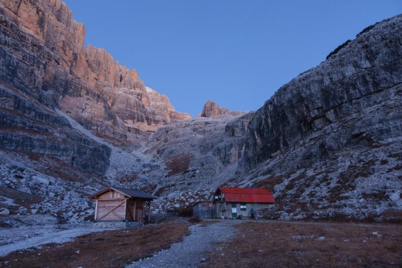 View towards the biv (Brenta Dolomites 2016)