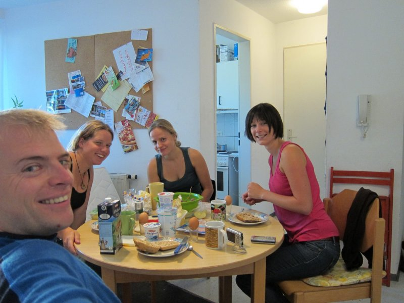 Breakfast with Katha, Vero, and Franka (Kempten, Germany)