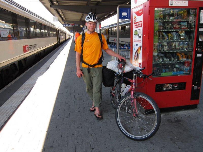 Cris arrives in Chur (Chur, Switzerland)