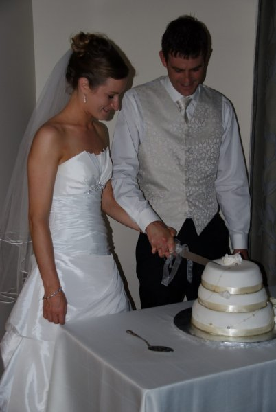 Cutting the cake (Ed and Abbie's wedding)