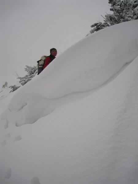 Frauke behind the snow (Allgaeu)