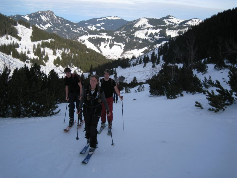 frauke-leads-the-boys-up-the-mountain-allgaeu