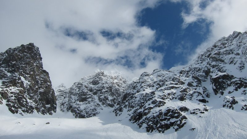 View of snowy mountains 2 (Tomesrenna, Norway)