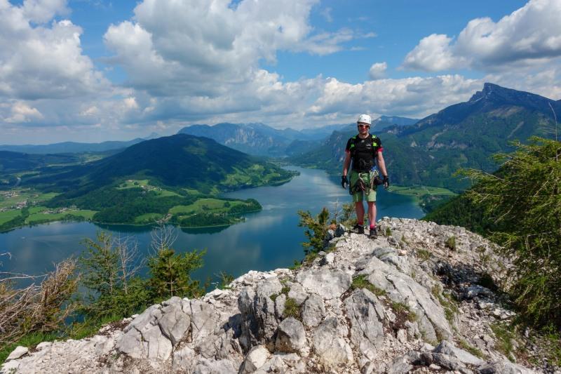 Cris and the mondsee behind (Climbing Holiday June 2019)