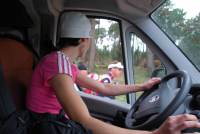 Support crew pass Nike on the road (Portugal ARWC 2009)