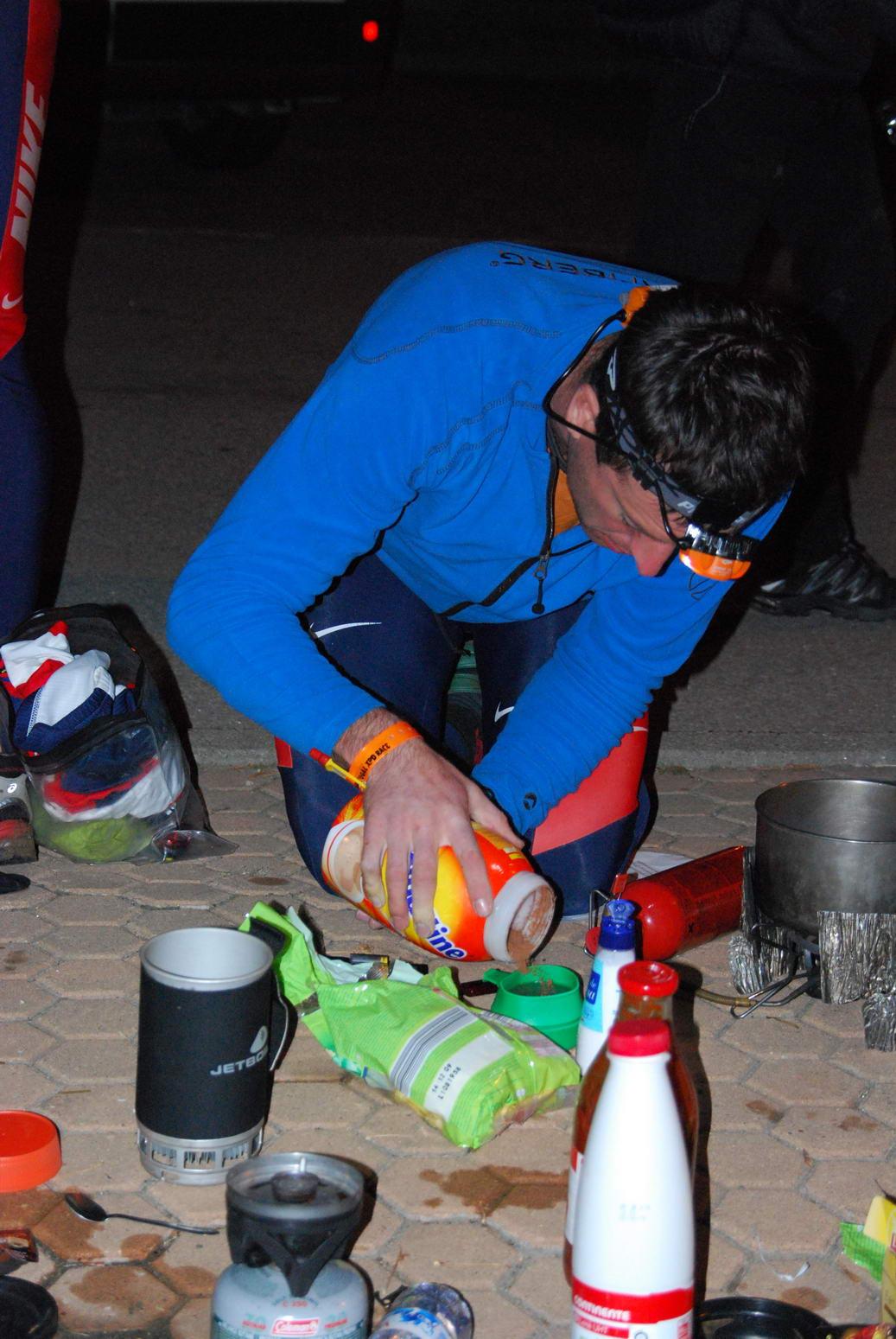 Chris makes a tasty drink (Portugal ARWC 2009)