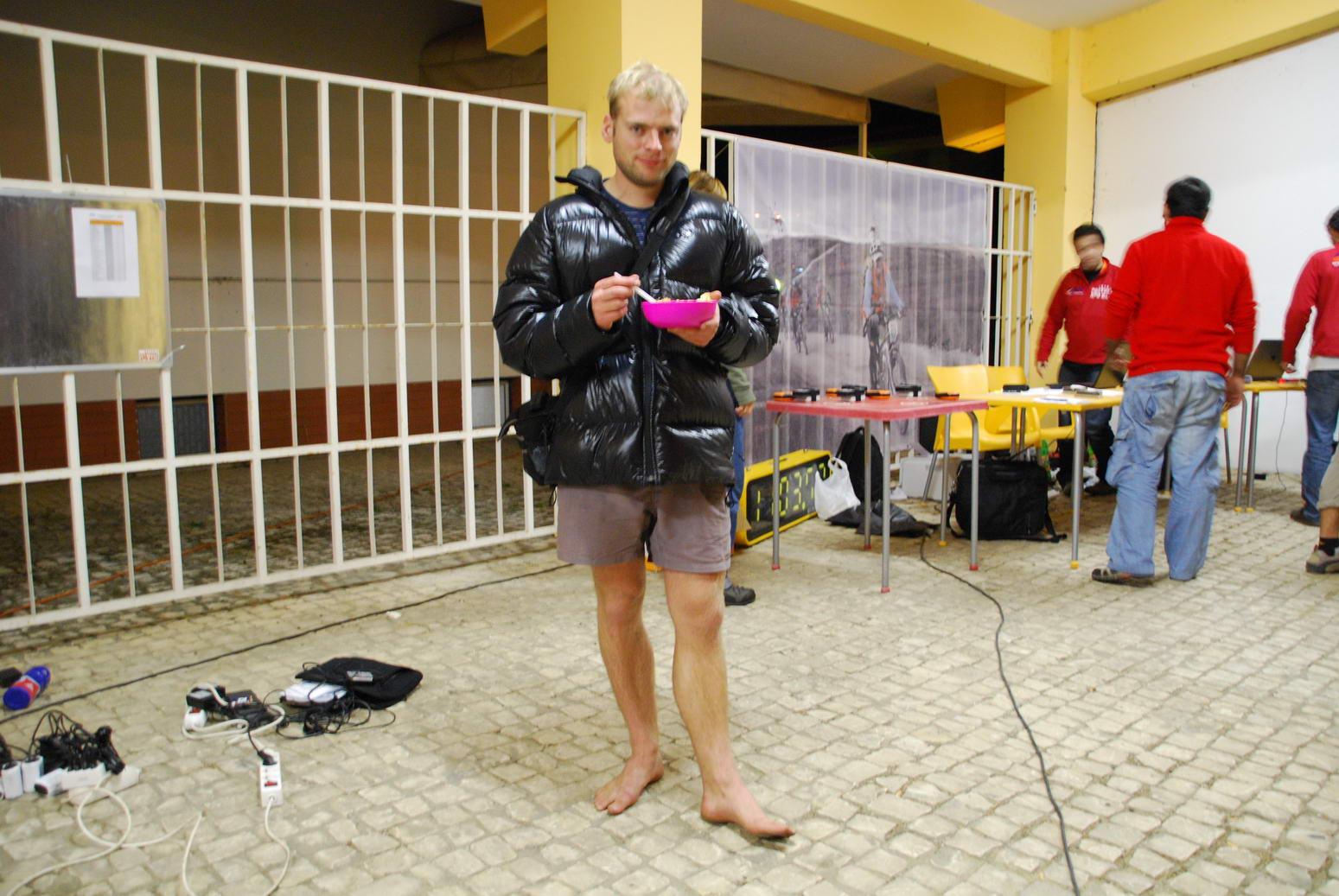 Cris waiting for Nike (Portugal ARWC 2009)