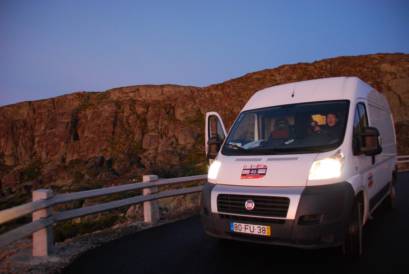 Kati and van (Portugal ARWC 2009)
