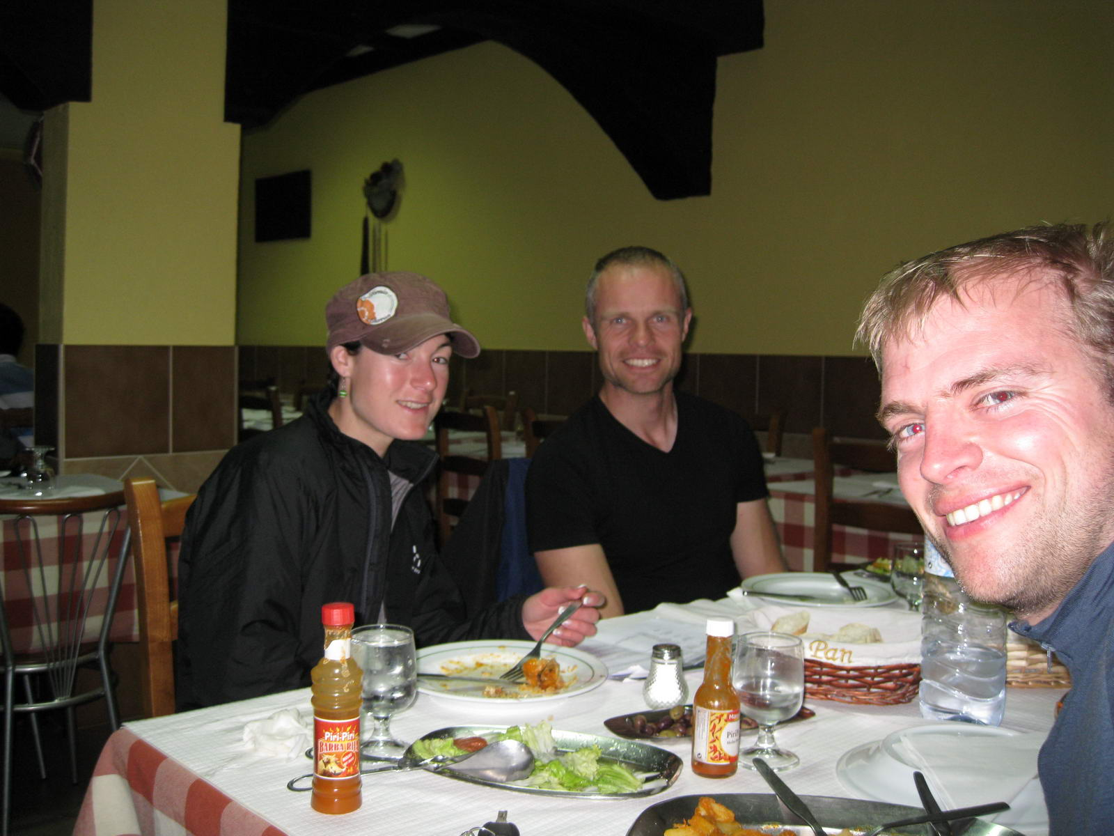 Support crew eating out with Lars (Portugal ARWC 2009)