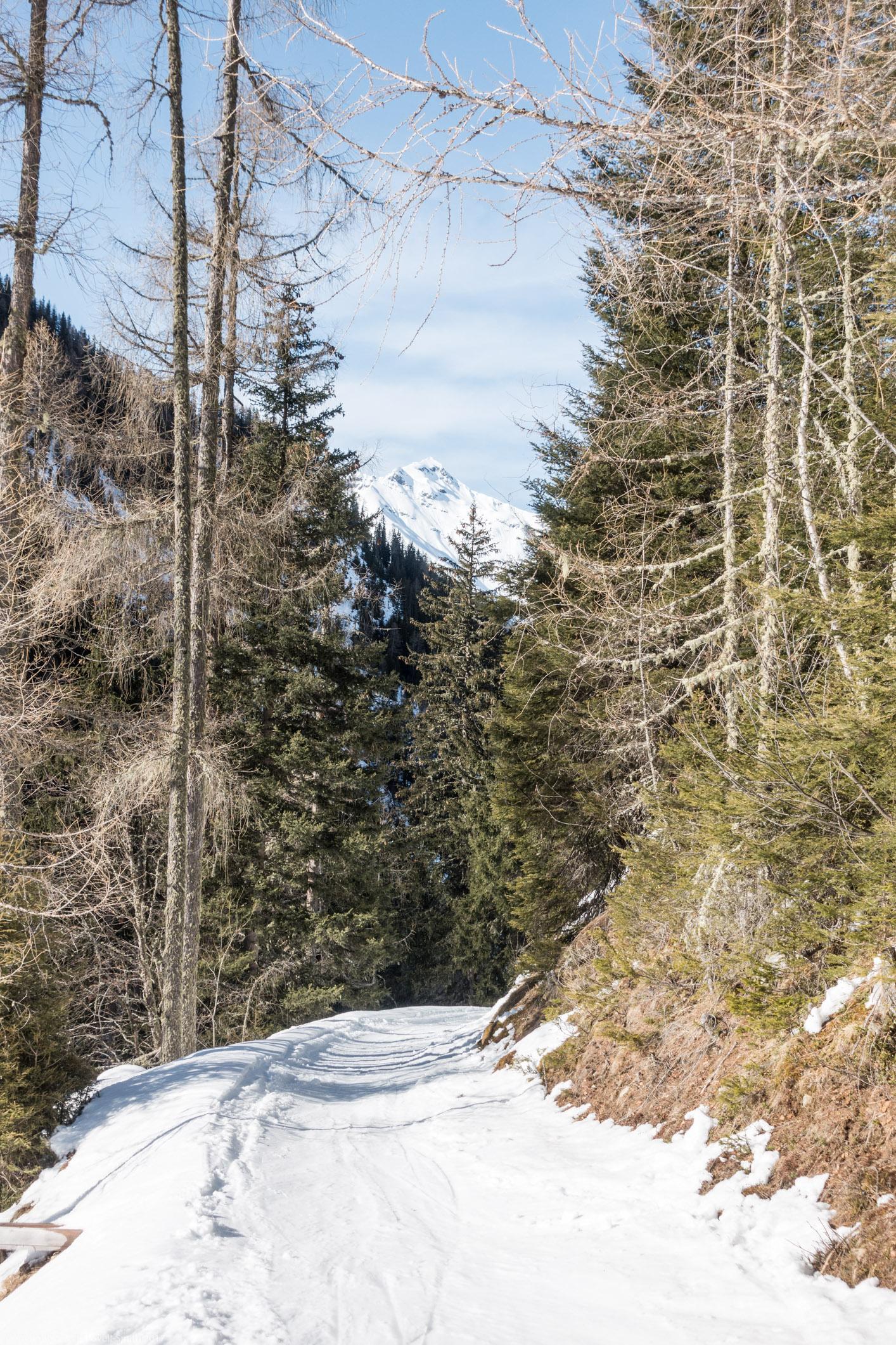 Small ski track down (Arlberger Winterklettersteig March 2017)