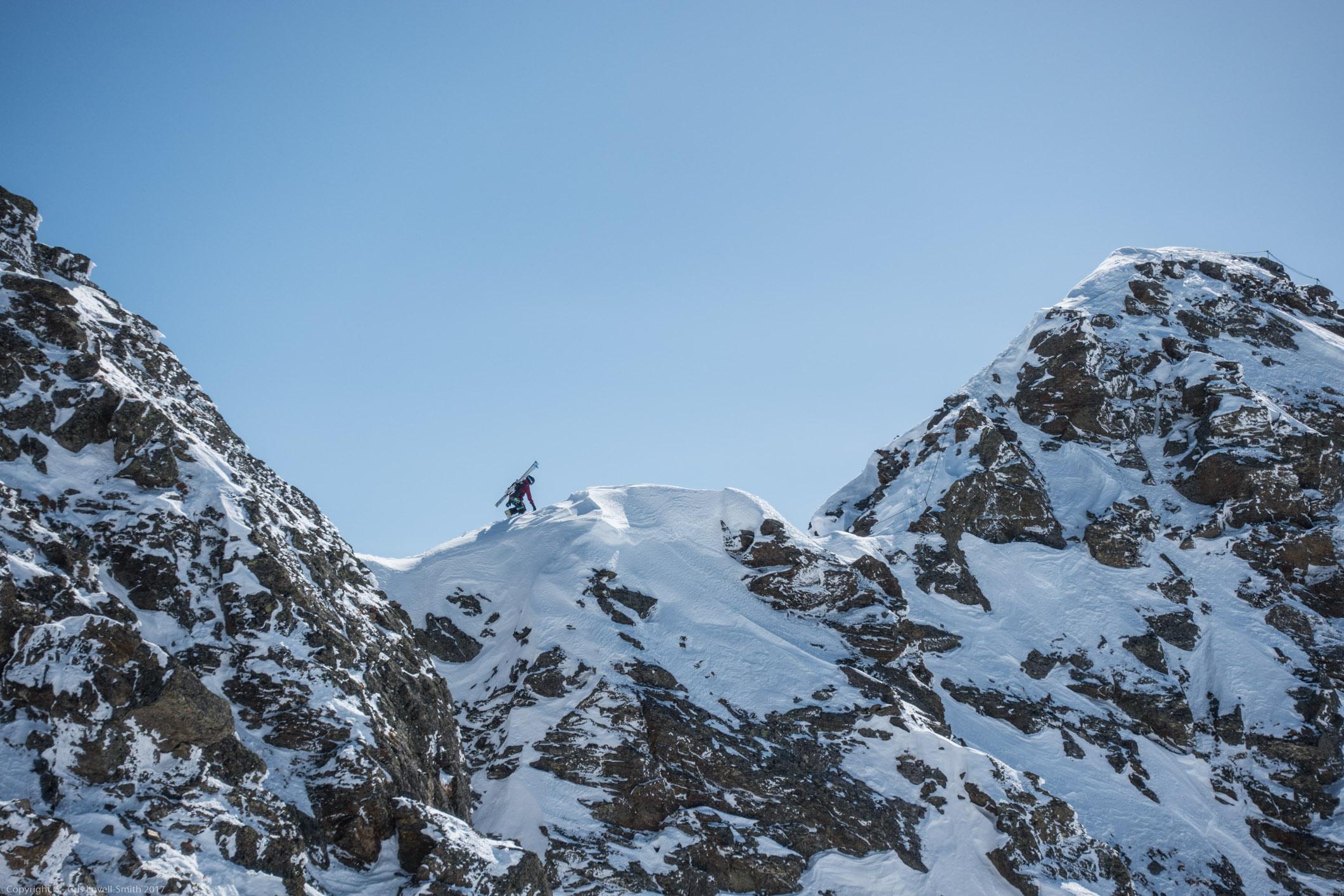 Someone on the ridge (Arlberger Winterklettersteig March 2017)