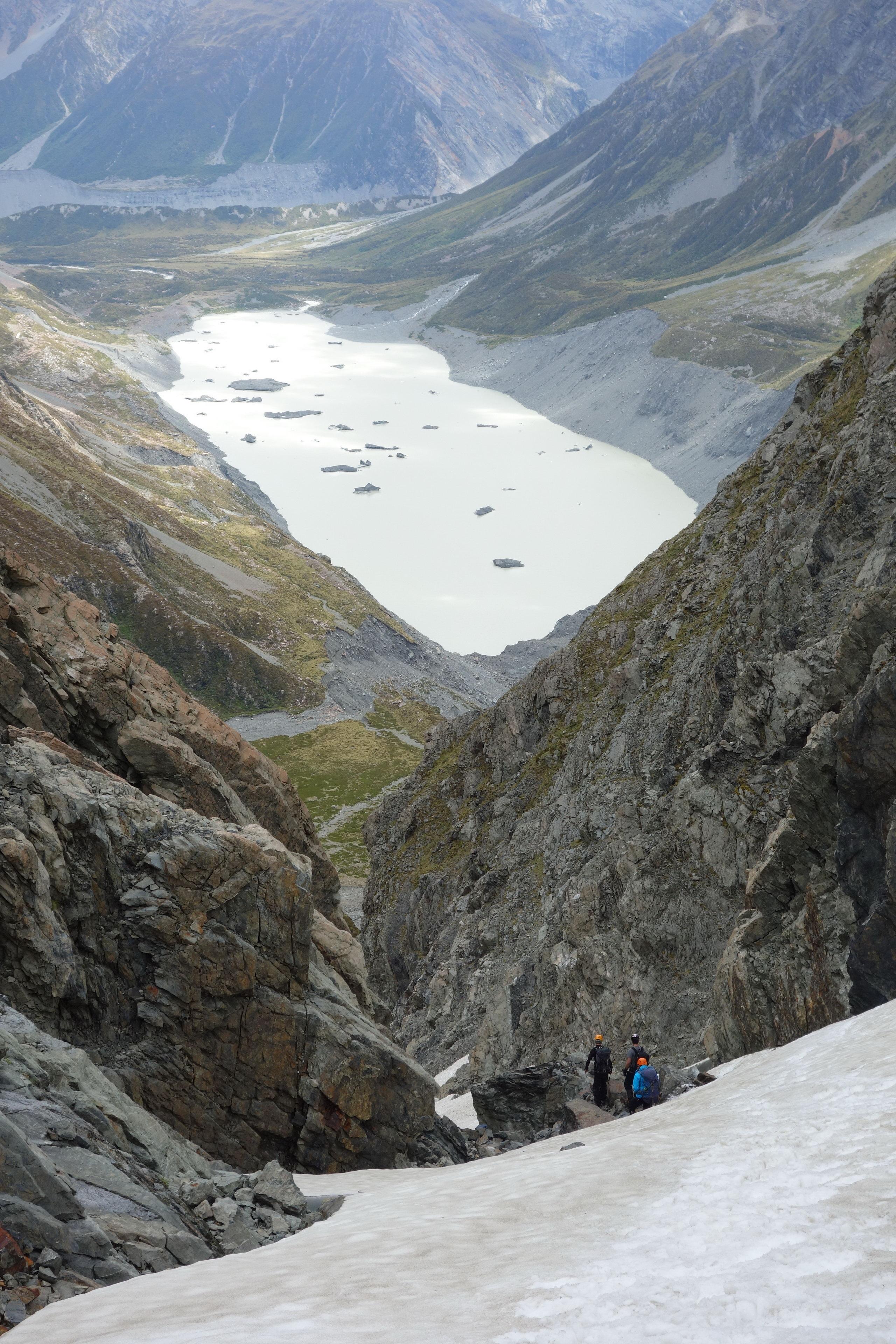 Descending towards the Hooker Terminal Lake (Ball Pass Dec 2013)