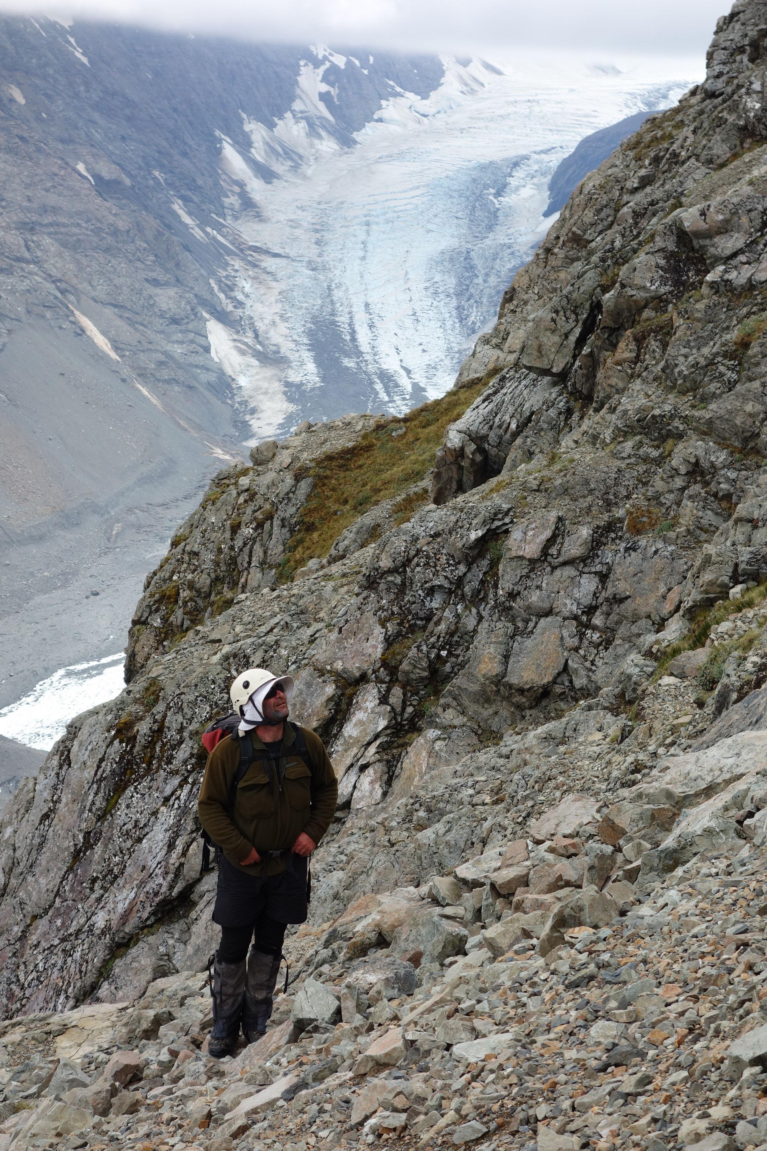 Jeremy surveys the route (Ball Pass Dec 2013)