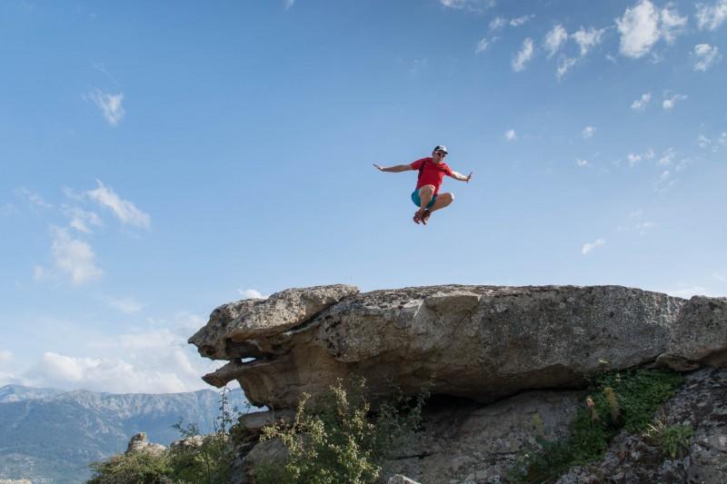 Cris jumping (Corsica)