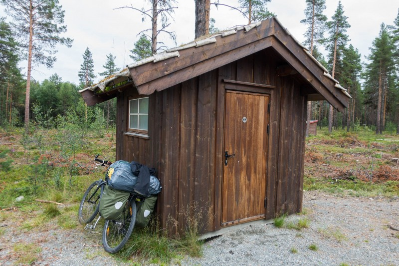 A toilet (Cycle Touring Norway 2016)