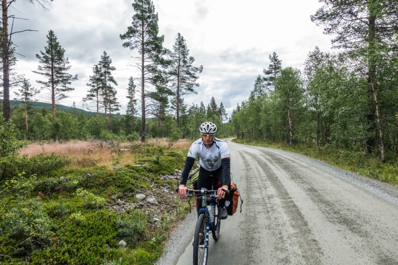 Cyclinig on more gravel (Cycle Touring Norway 2016)