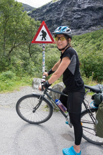 Leonie and a troll (Cycle Touring Norway 2016)