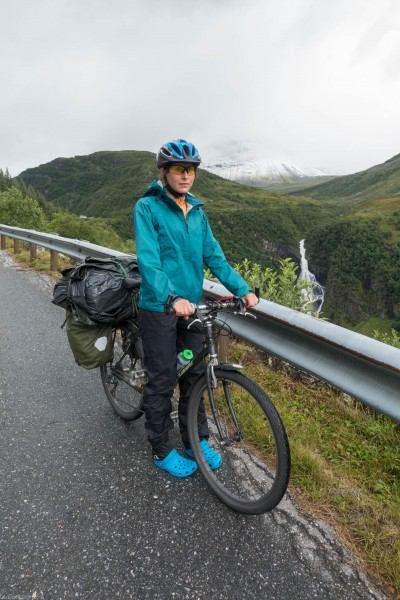 Leonie and bike (Cycle Touring Norway 2016)