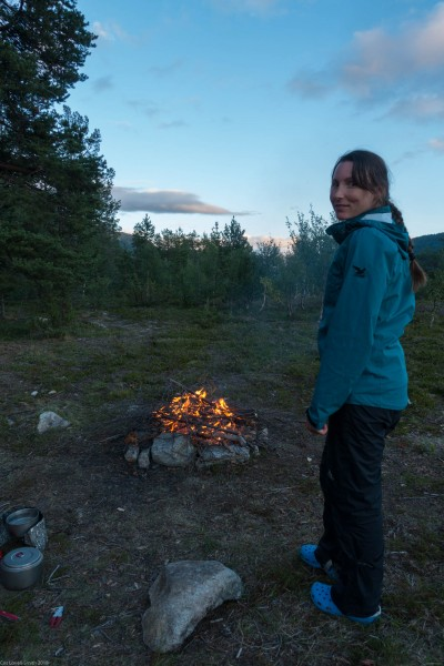 Leonie and her fire again (Cycle Touring Norway 2016)