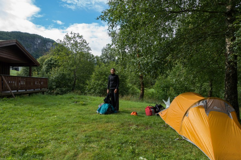 Leonie and tent (Cycle Touring Norway 2016)