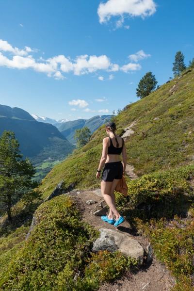 Leonie goes walking in her bra (Cycle Touring Norway 2016)