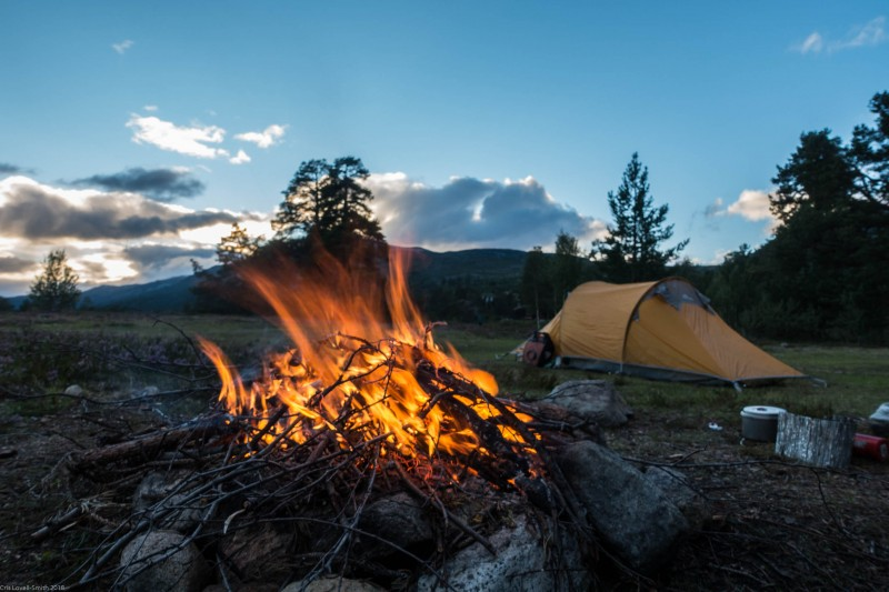 Leonie's fire (Cycle Touring Norway 2016)