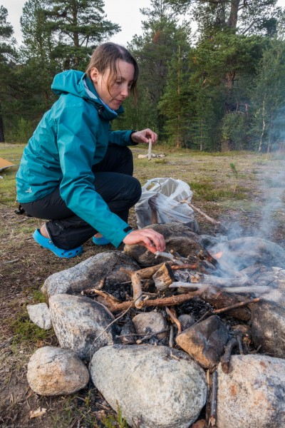 Lighting a fire 2 (Cycle Touring Norway 2016)