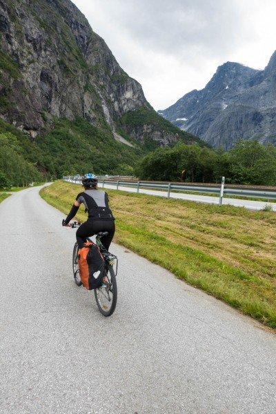 More riding (Cycle Touring Norway 2016)