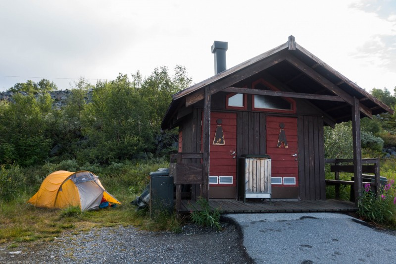Toilet and tent (Cycle Touring Norway 2016)