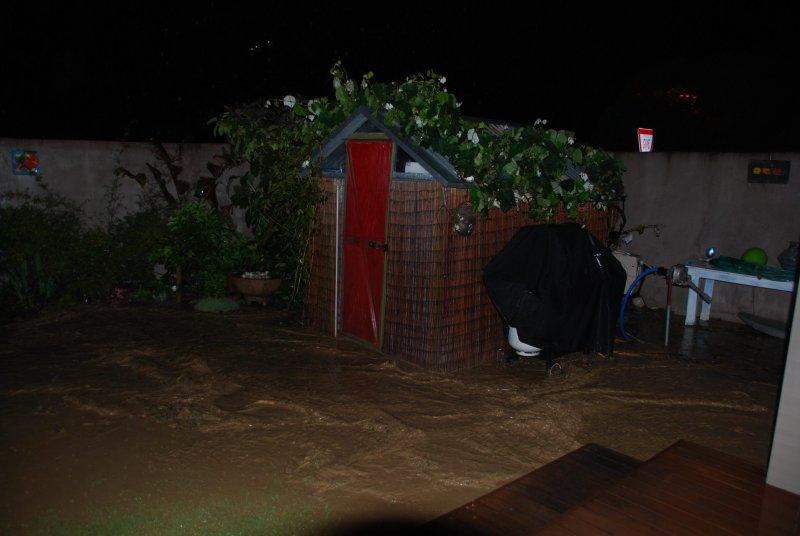 Flooding in our new safe haven (Ligar Bay)
