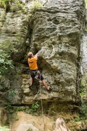 Cris climbing an 18 at Paynes (Paynes Ford)
