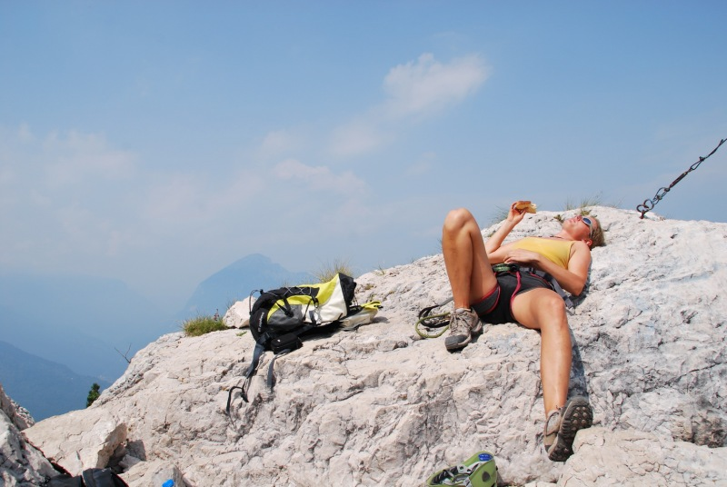 Frauke relaxes (Lago di Garda)