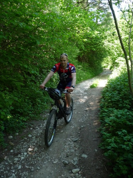 Cris on mountain bike (Lago di Garda)