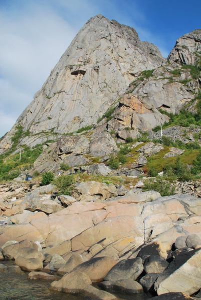 325 (Lofoten, Norway)