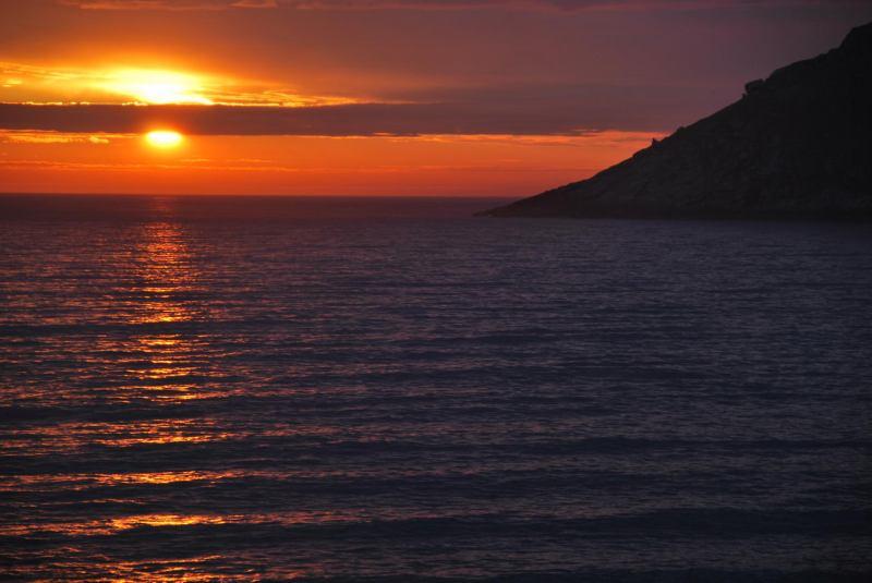Midnight sun 3 (Lofoten, Norway)
