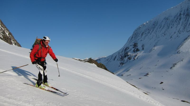 Chris skiing down 2 (Langdalstindane, Norway)