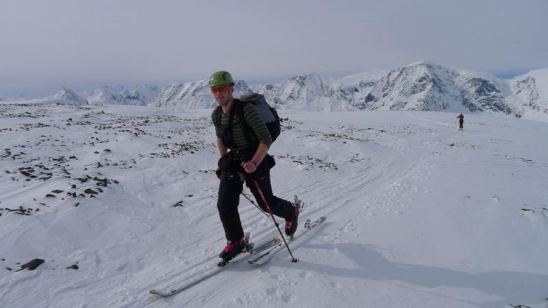 Cris at the summit (Daltinden, Norway)