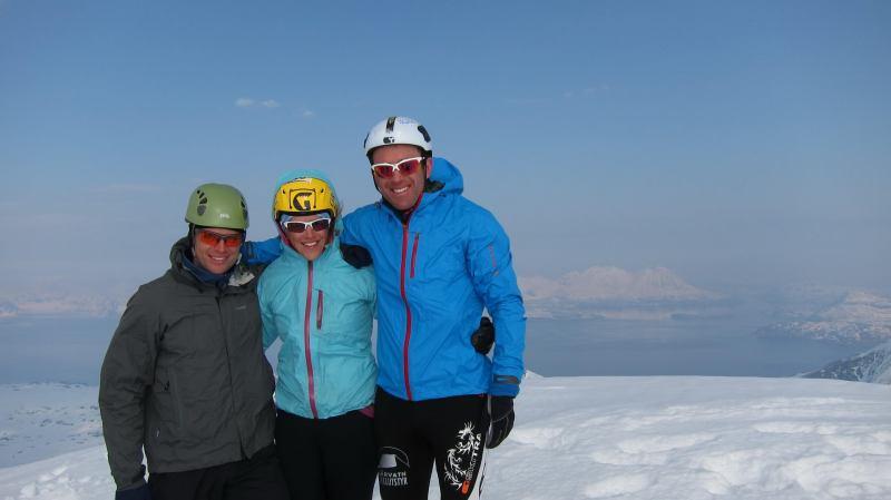 Cris, Em, Chris at the summit (Storgalten, Norway)
