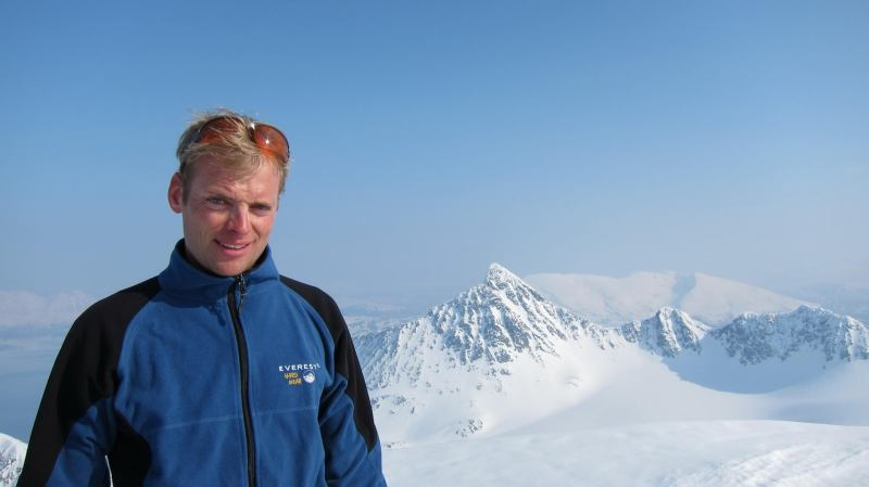 Cris on the summit 2 (Storgalten, Norway)